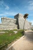 El Castillo at the Tulum Ruins in  Mexico — Stock Photo