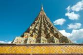Chedis at Wat Po, Bangkok, Thailand — Stock Photo