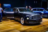 MOSCOW, RUSSIA - AUG 2012: BENTLEY MULSANNE 2 GENERATION presented as world premiere at the 16th MIAS (Moscow International Automobile Salon) on August 30, 2012 in Moscow, Russia — Stock Photo