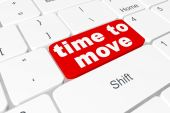"""Button """"time to move"""" on keyboard — Stock Photo"""