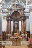 VENICE, ITALY - MARCH 11, 2014: The main altar in church Santa Maria del Rosario (Chiesa dei Gesuati). — Stockfoto