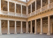 Padua - The atrium of Palazzo del Bo — Stock Photo