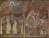 BRUGGE, BELGIUM - JUNE 13, 2014: The Crucifixion and the Offer of Abraham neogothic metal relief in st. Giles (Sint Gilliskerk). — Stock Photo