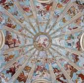 """PADUA, ITALY - SEPTEMBER 10, 2014: The cupola in the church Chiesa di San Gaetano with the frescos """"The Order of Heaven"""" by Guy Louis II Vernansal from year 1729. — Stock Photo"""