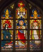 BRUGGE, BELGIUM - JUNE 13, 2014: The Windowpane with the scene of Jesus appearing to Saint Margaret Mary Alacoque from 19. cent. in the in st. Giles (Sint Gilliskerk). — Stock Photo