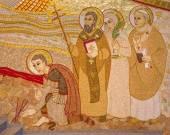 BRATISLAVA , SLOVAKIA - OCTOBER 1, 2014: The detail of mosaic  in the St. Sebastian cathedral designed by jesuit Marko Ivan Rupnik (2011) with the saints Sebastian, Gorazd, Zdenka and John Paul II. — Stock Photo