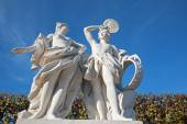 Vienna - The sculpture in the gardens of Belvedere palace with the scene from mythology. — Stock Photo