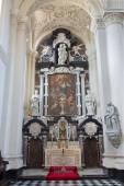 BRUGGE, BELGIUM - JUNE 12, 2014: The baroque side chapel in Saint Walburga church. — Stock Photo