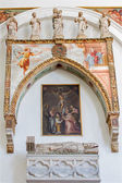PADUA, ITALY - SEPTEMBER 9, 2014: The chapel in the church Cathedral of Santa Maria Assunta (Duomo) with the statues by Rinaldino di Francia and the frescos from 14. cent. and tombs of cardinals. — Stock Photo