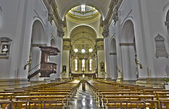 PADUA, ITALY - SEPTEMBER 9, 2014: The main nave of the church Cathedral of Santa Maria Assunta (Duomo) — Stock Photo