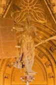 SEVILLE, SPAIN - OCTOBER 28, 2014: The Puerta del Principe on the Cathedral de Santa Maria de la Sede by authors J. de Hoces y J. G. de Hontanon for gothic part, and A. F.z Casanova for neo-gothic. — Stock Photo