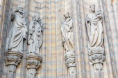 ANTWERP, BELGIUM - SEPTEMBER 5: Holys of the side portal on the cathedral of Our Lady on September 5, 2013 in Antwerp, Belgium — Stock Photo