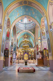 JERUSALEM, ISRAEL - MARCH 5 , 2015: The nave of Russian orthodox cathedral of Holy Trinity in the Russian Compound by architect Martin Eppinger. The church was consecrated in 1872. — Stock Photo