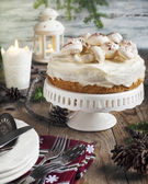 Table setting with cake — Stockfoto