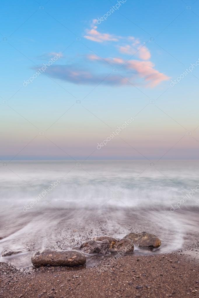 Фотообои Минималистский туманный пейзаж. Украина.