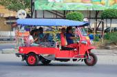 CHIANGMAI , THAILAND - OCTOBER 20 2014: An unidentified Red Tuk tuk taxi chiangmai, Service in city and around.  Photo at New Chiangmai bus station, thailand. — Stock Photo