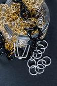 Chaînes et faux bijoux — Photo