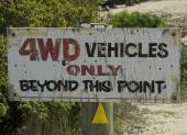 Warning sign about 4WD vehicles — Stock Photo