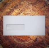 Obálka na dřevo — Stock fotografie