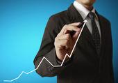 Businessman hand writing  business graph  — Foto Stock
