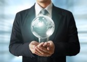 Globe in human hands — Stock Photo