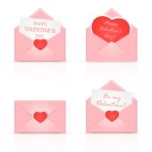 Pink envelopes with heart — Vecteur