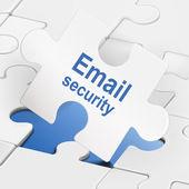Protezione della posta elettronica su pezzi di puzzle bianco — Vettoriale Stock