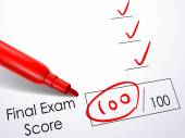 Close up look at score on final exam paper — Stock Vector