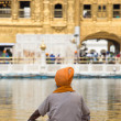 Sikh man visiting the Golden Temple in Amritsar, Punjab, India. — Stock Photo #59331905