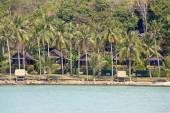 Tropical beautiful beach on the island Koh Kood, Thailand — Stock Photo