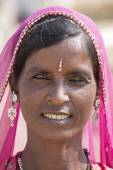 Portrait Indian woman. Pushkar, India — Stock Photo