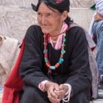 Tibetan Buddhist old women in Hemis monastery. Ladakh, North India — Stock Photo #77803344