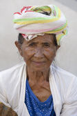 Portrait old woman to Bali island, Indonesia — Stock Photo