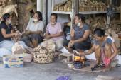 Indonesian women are making wooden souvenirs for tourist .Ubud, Bali. Indonesia — Stock Photo