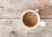 Vista dall'alto di tazza caffè sul vecchio legno — Foto Stock