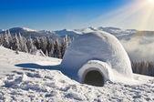 Igloo on the snow — Stock Photo