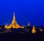 Shwedagon pagoda in Yangon, Myanmar — Zdjęcie stockowe