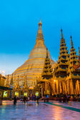 Shwedagon pagoda in Yangon, Myanmar — Stock Photo