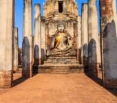 Parc historique de si satchanalai dans la vieille ville — Photo