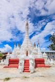 Pagoda and stupa Inle lake — Photo
