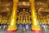 Swedaw Myat Temple Yangon, Myanmar (Burma) — Stock Photo
