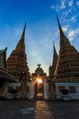 Sunset twilight Buddhist temple — Zdjęcie stockowe