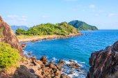 Island view in the sea — Stock Photo