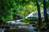 Pha Dok Xu waterfall — Stock Photo