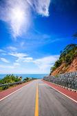 Coastal road  and sea — Stock Photo