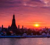 Wat Arun Ratchawararam — Stock Photo