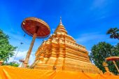 Wat Phra Sri Chomtong in Thailand — Stock Photo