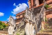 Tempio di Wat chedi luang — Foto Stock