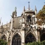 Notre Dame de Paris is a Gothic cathedral — Stock Photo #58399291