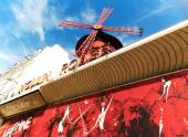 Le Moulin Rouge of Paris — Stock Photo